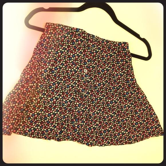 H&M Dresses & Skirts - Floral Skater Skirt